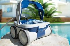 aquabot-x4-robotic-pool-cleaner-review-2